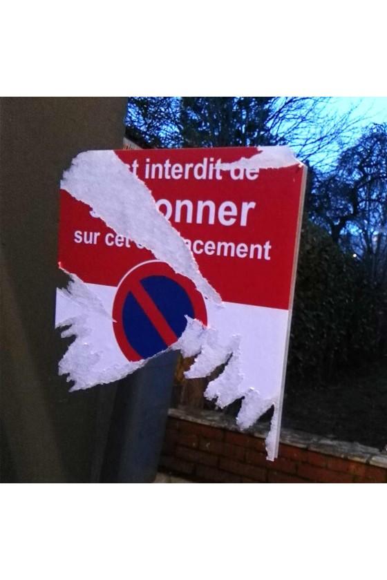 Stationnement interdit car emplacement réservé