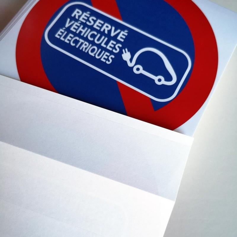interdiction de stationner sur bornes de recharge
